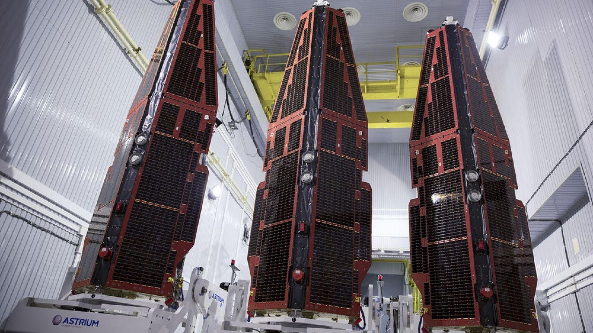 Компания е изстрелвала незаконно сателити