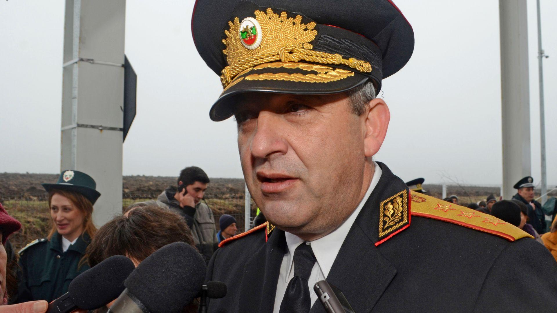 """Шефът на """"Гранична полиция"""" е във ВМА след катастрофата"""