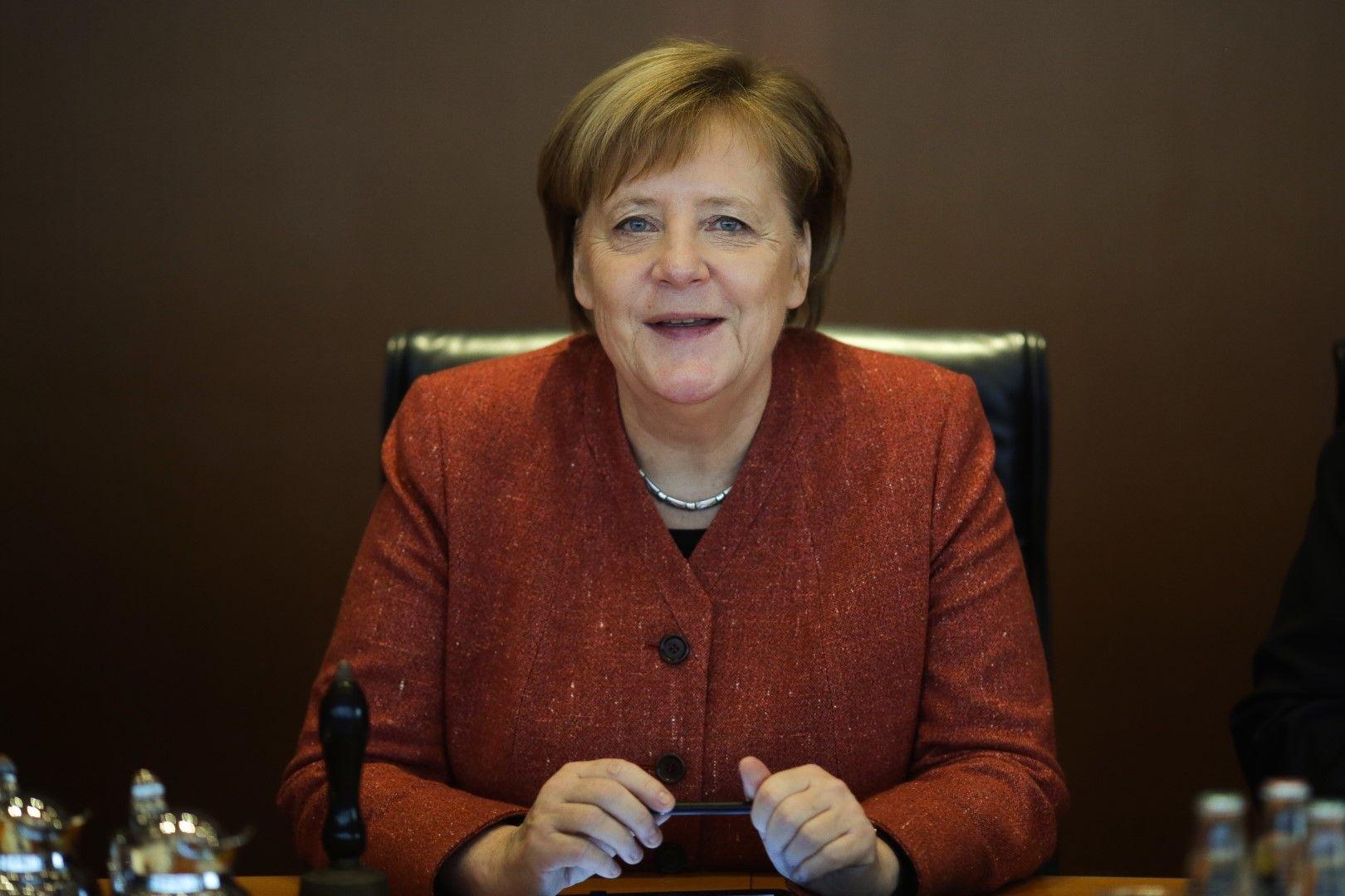 Ангела Меркел ръководи последното за годината заседание на германския кабинет, сряда, 19 декември 2018 г.