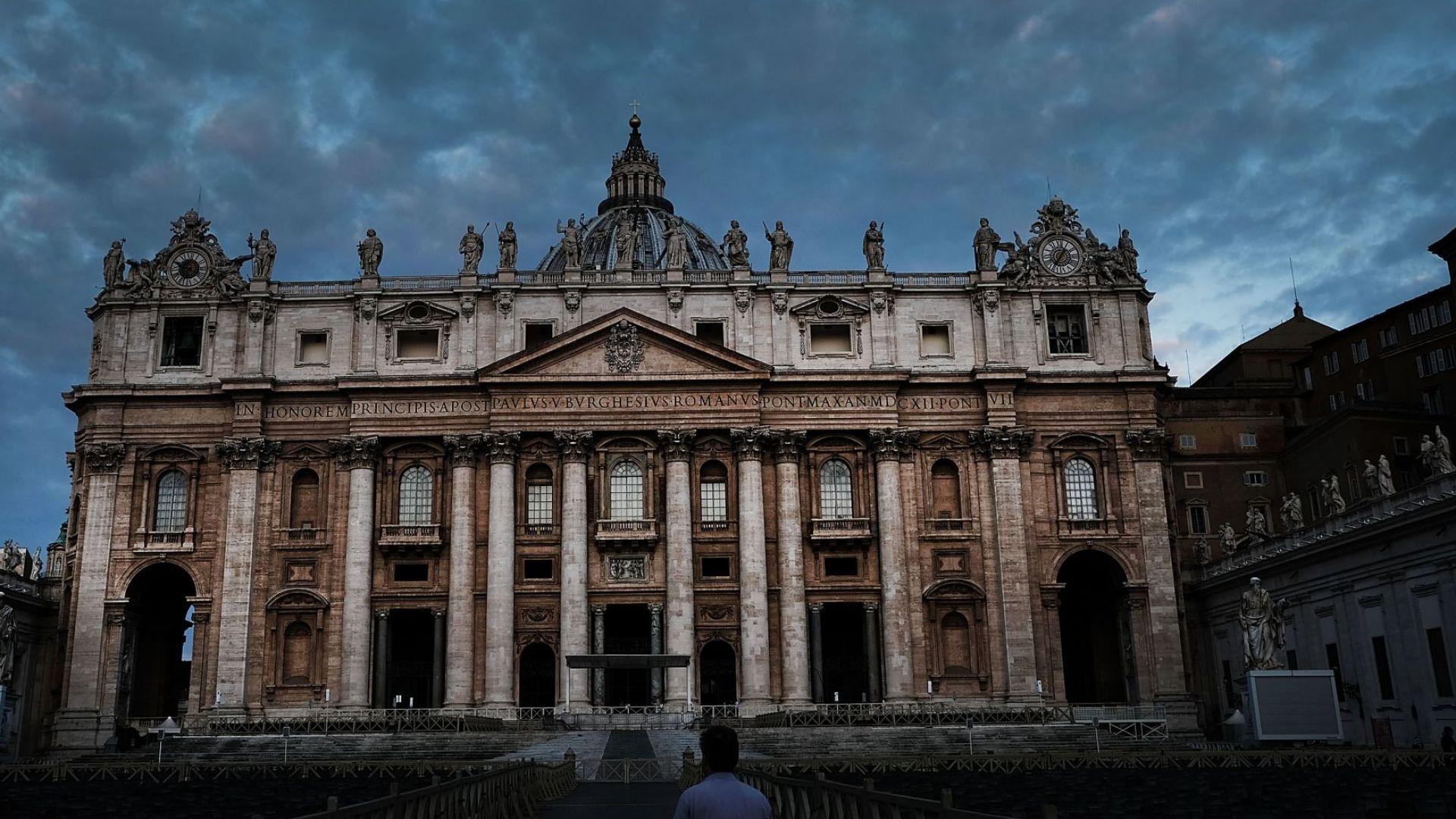 За пръв път в историята: Ватикански съд издаде присъда за пране на пари