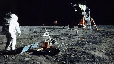 Роботи, сонди и хора: Започва новата надпревара за Луната
