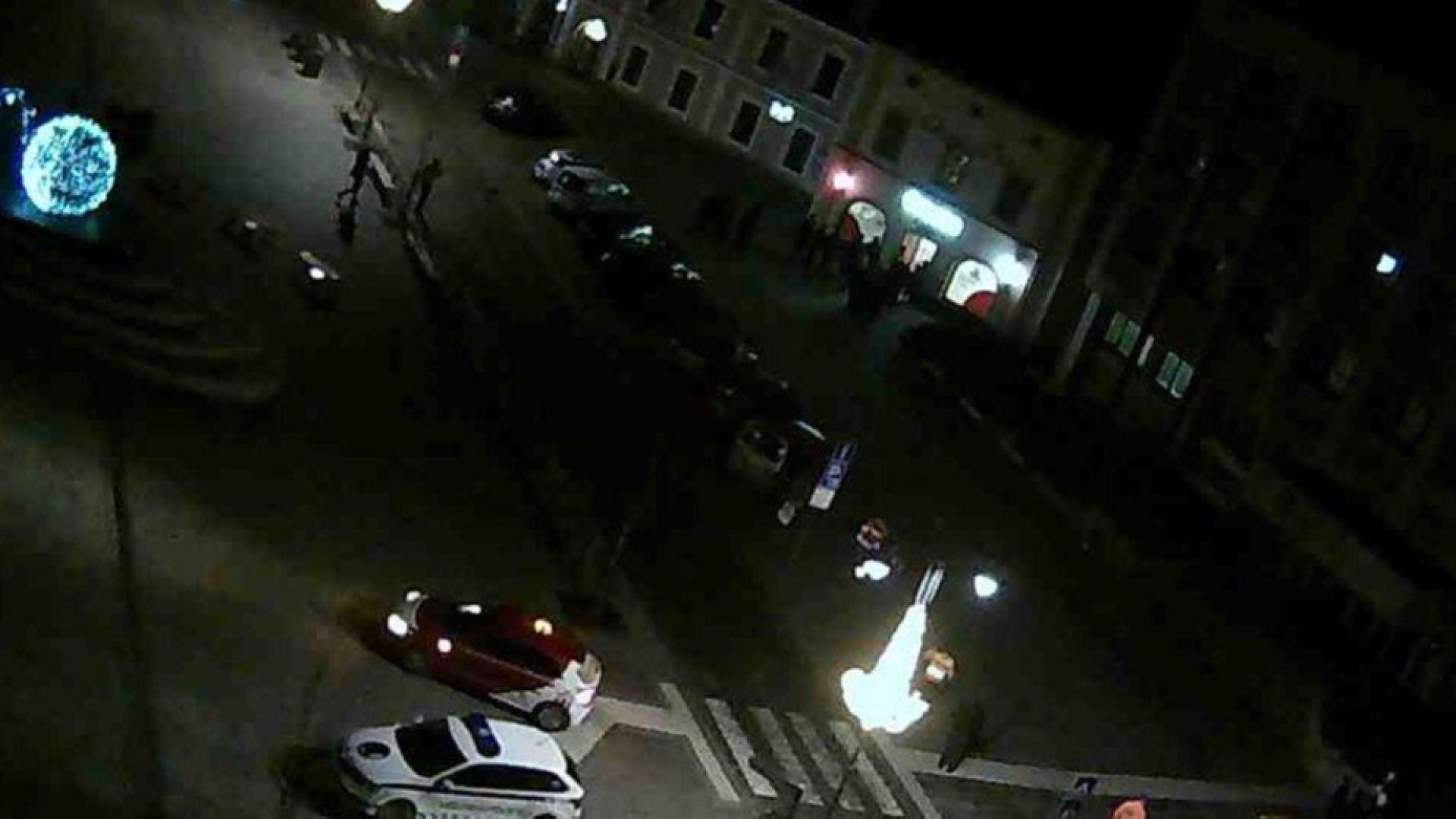 Заложническа драма в чешка банка, престъпник държи 8 души