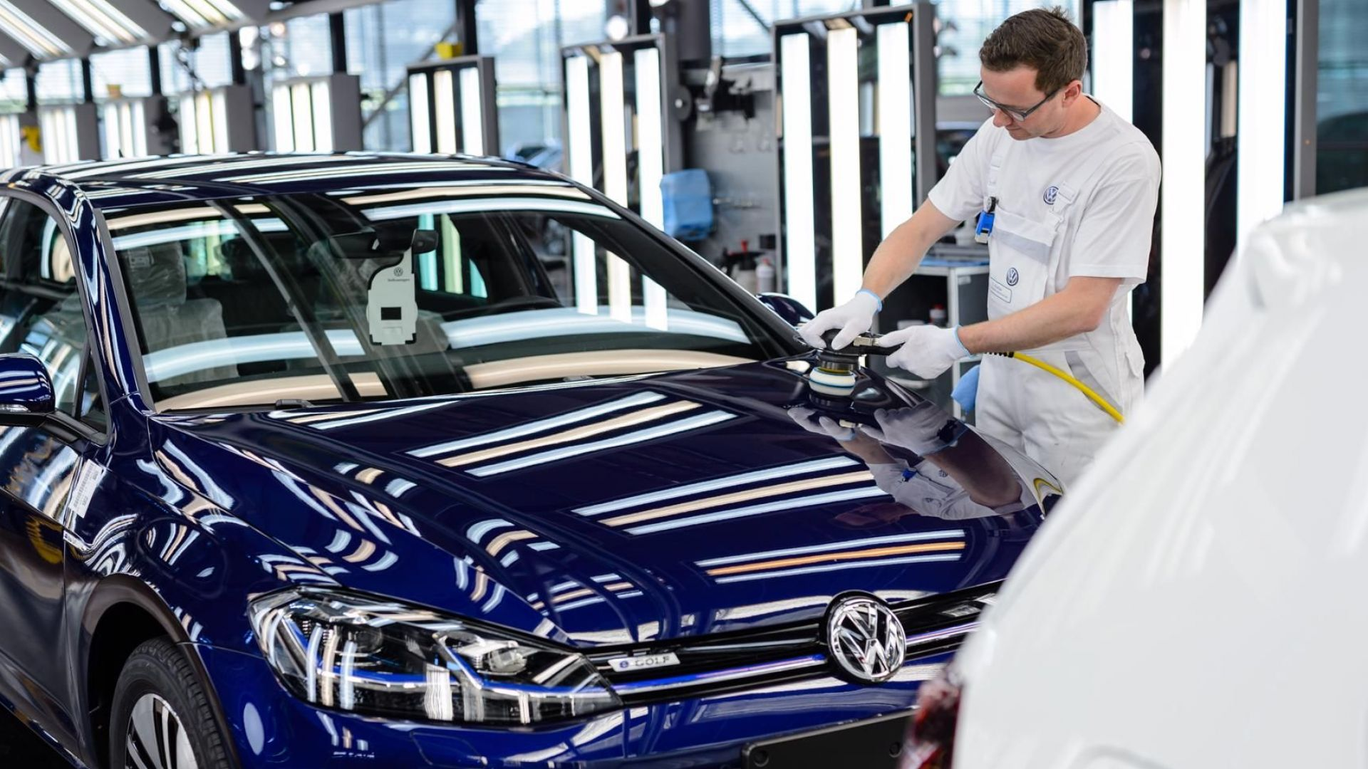 Сянката на икономическа рецесия надвисна над Германия