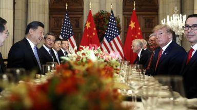"""Тръмп съобщи за """"голям напредък"""" в търговските преговори с Китай"""