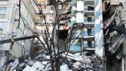 Има опасност от срутване и на други части от сградата в Магнитогорск