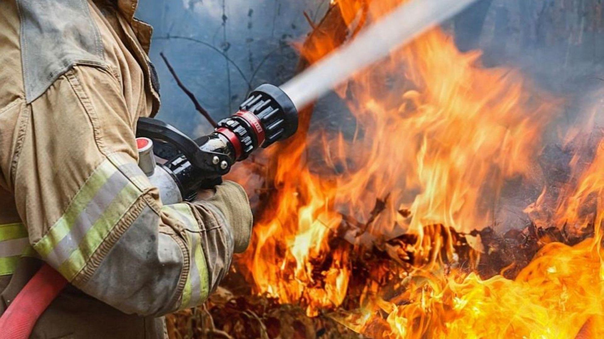 Три деца загинаха при пожар в жилище в Брянска област