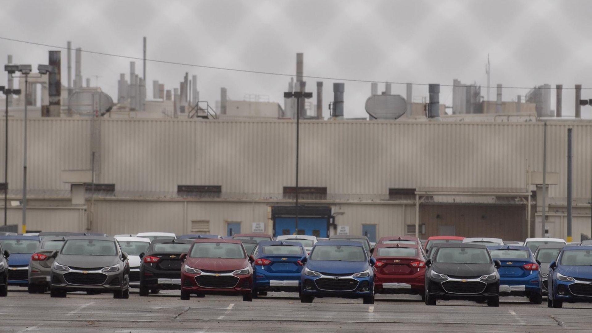 Дженерал мотърс постигна временно споразумение със синдикатите