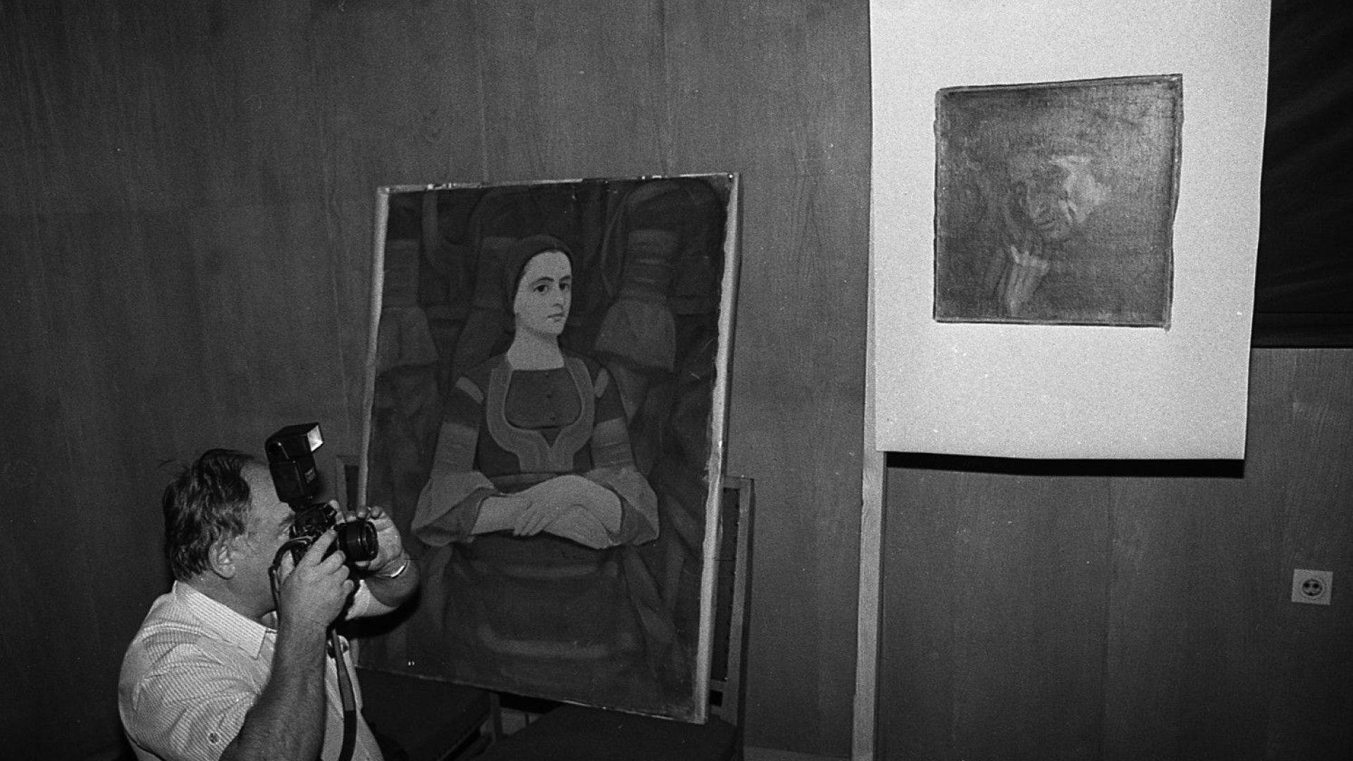 Юли, 1996 г. - На извънредна пресконференция МВР разкрива една от кражбите на картини на Владимир Димитров-Майстора