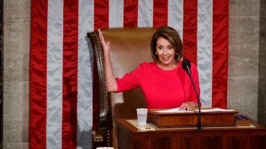 Демократите в САЩ с офанзива срещу Тръмп за стената