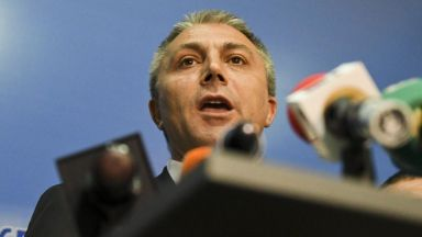 ДПС: Борисов да се разграничи от Каракачанов за ромите, иначе носи отговорност