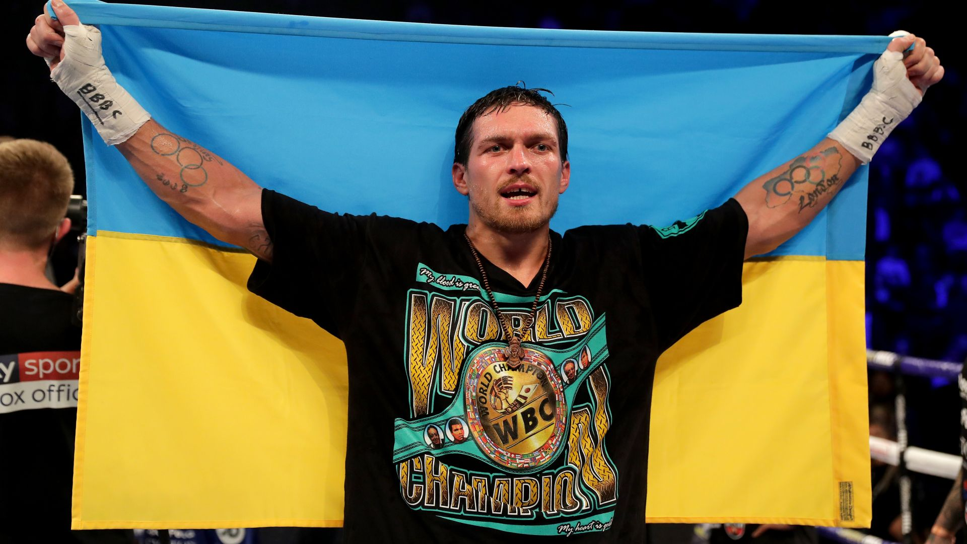 Мачът между Усик и Поветкин пропаднал по политически причини