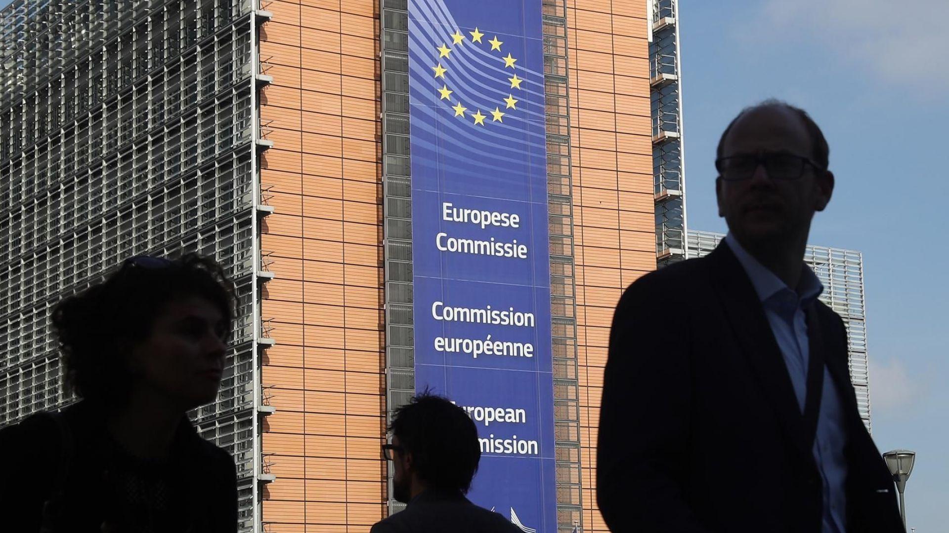 Брюксел иска да удължи срока на защитните мита върху стоманата