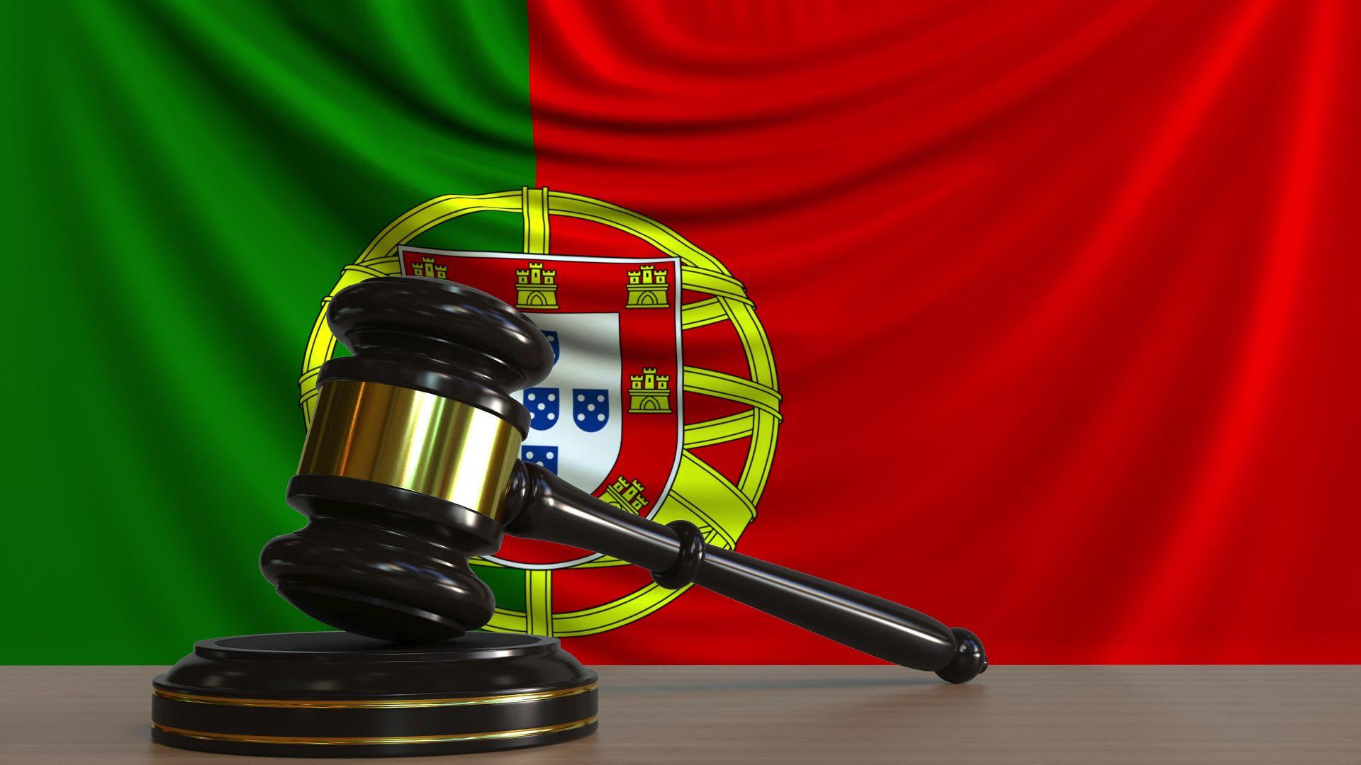 """Само две условни присъди по делото за """"златни визи"""" в Португалия"""