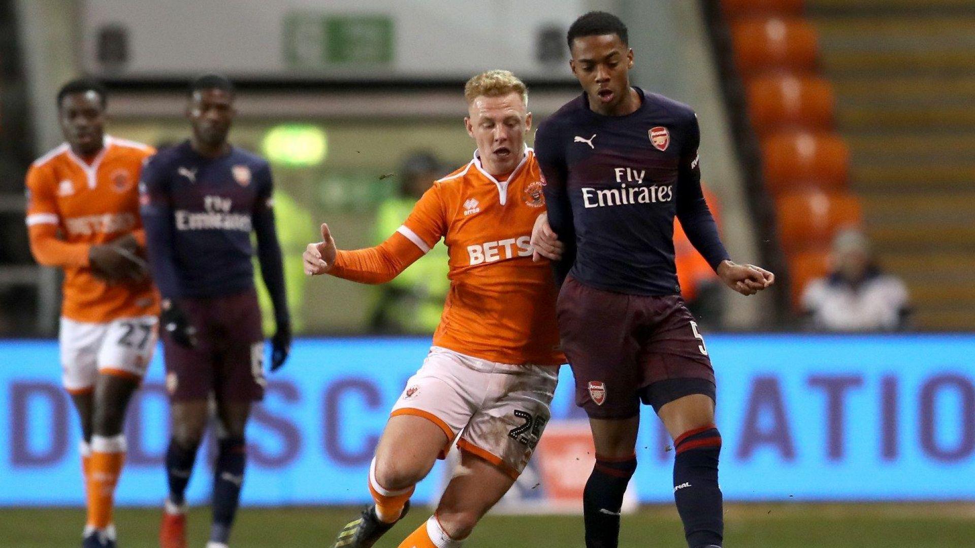 19-годишен талант класира Арсенал напред