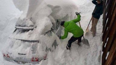 Австрия и части от Германия затрупани под снега (снимки)