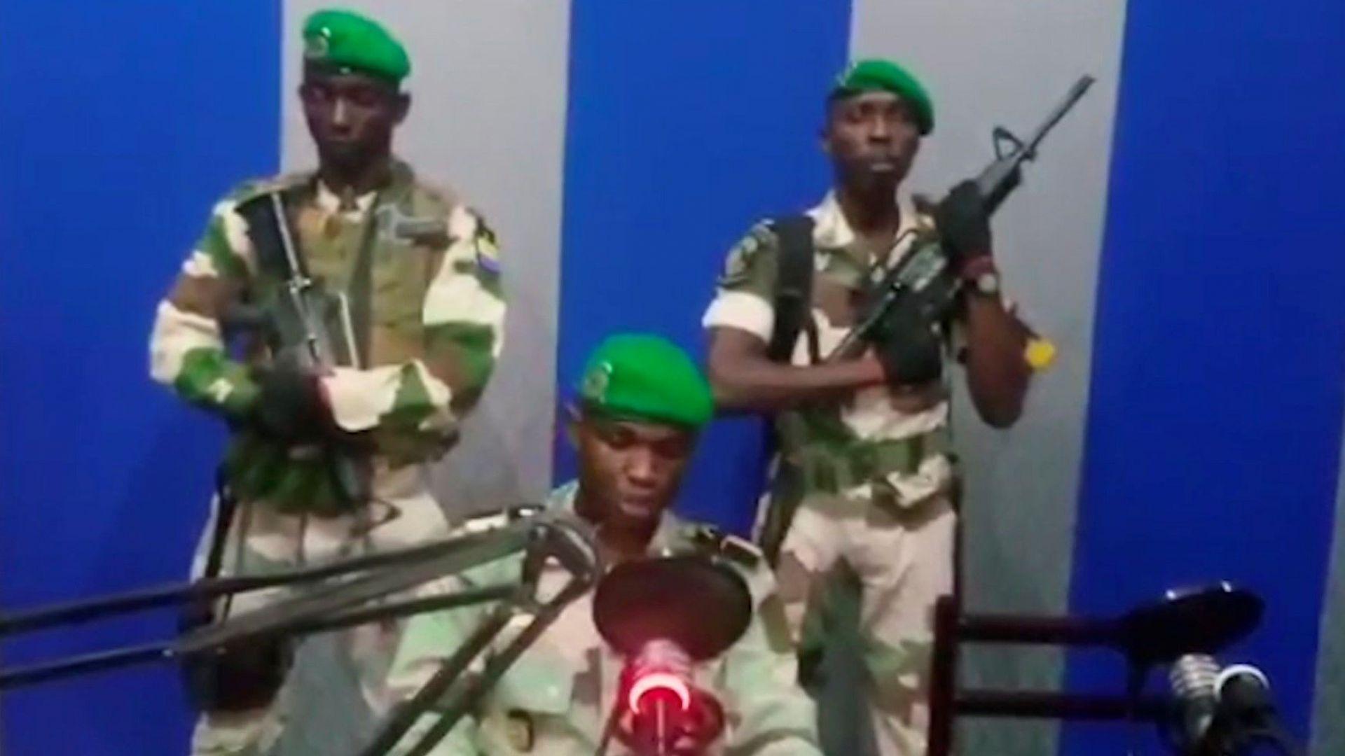 Четирима офицери бяха арестувани в Габон след неуспешен опит за преврат