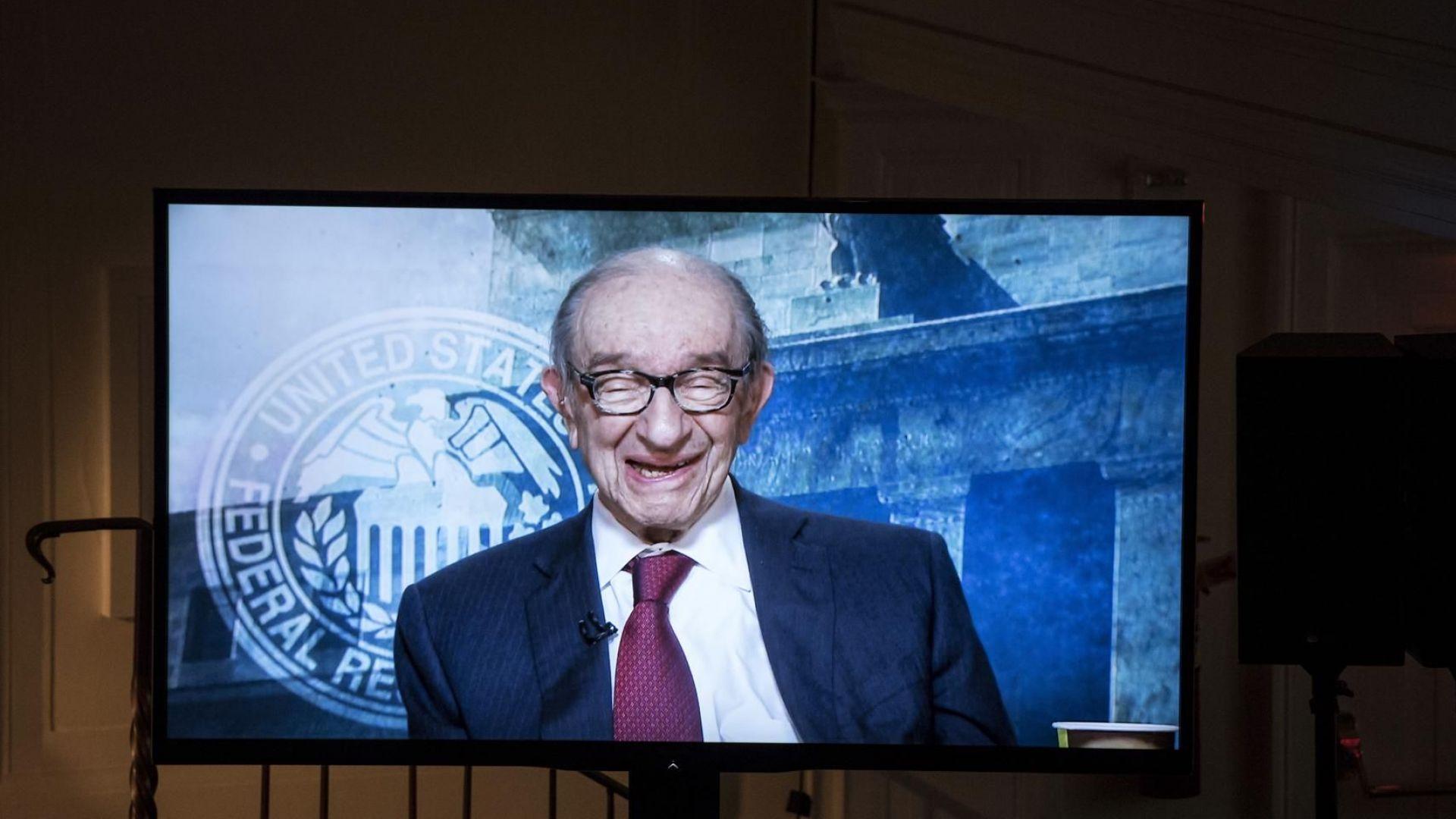 Алън Грийнспан: Цените на акциите все още са прекалено високи