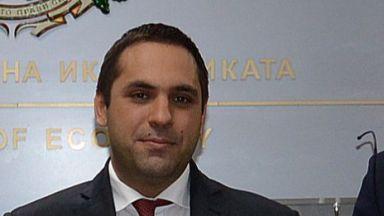Министърът на икономиката призна: На пазара за горива няма конкуренция