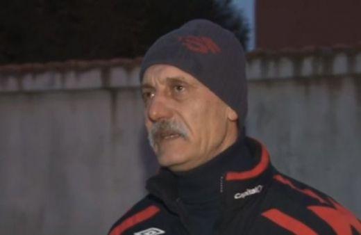 Бащата на пребития от роми военен