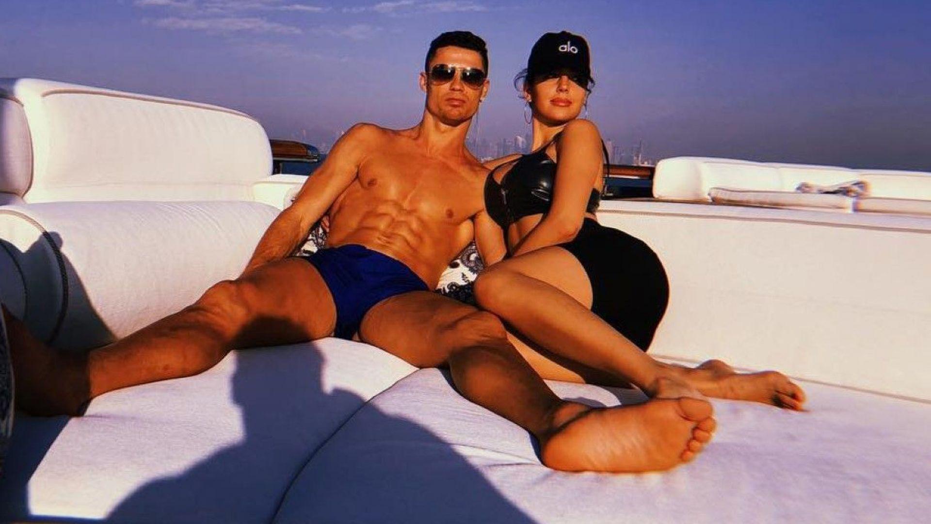 Джорджина показа секси форми в Дубай