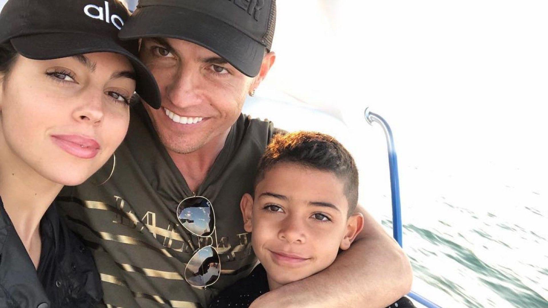 Годеницата на Роналдо загуби баща си