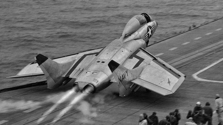 Vought F7U Cutlass