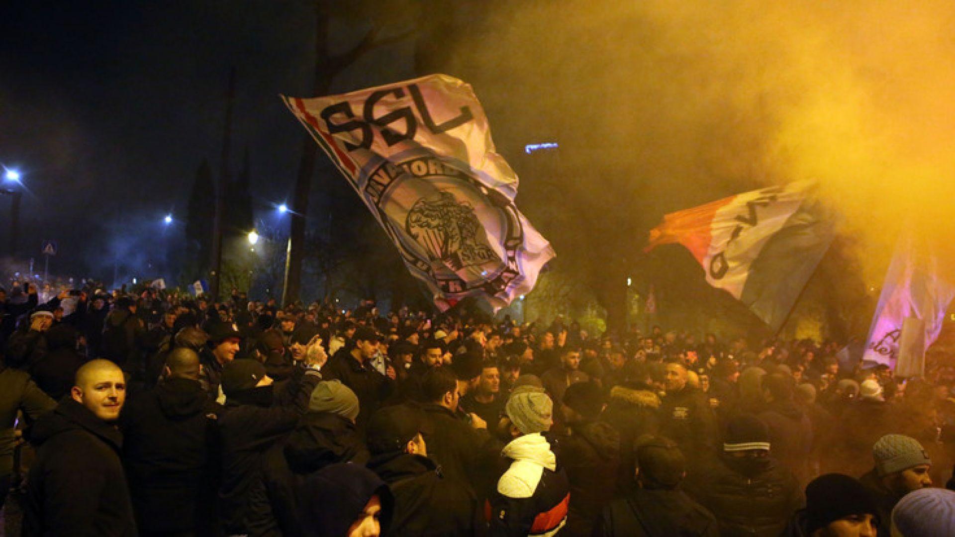 Ултрасите на Лацио отпразнуваха годишнина, ранявайки седем полицаи