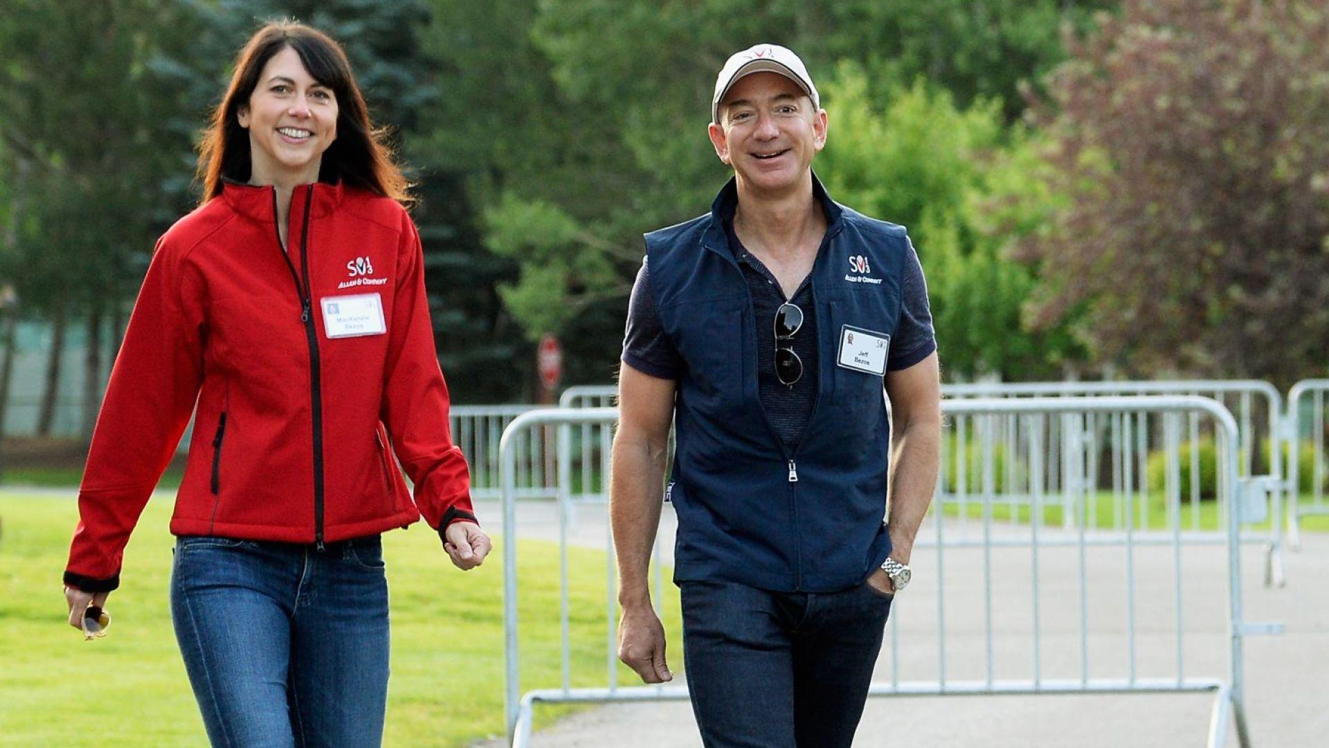 Джеф Безос се развежда след 25 години брак