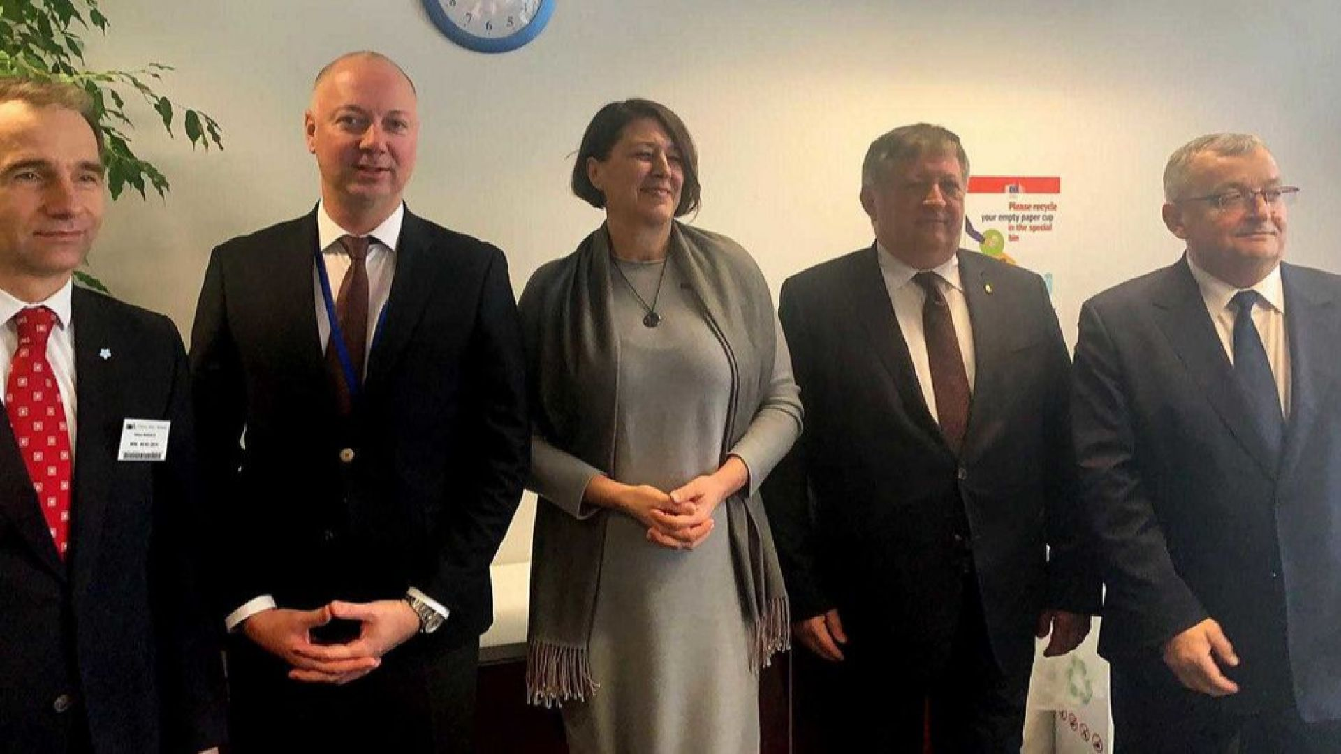 """Желязков: Очакваме да отпадне връщането на камионите и водачите от пакета """"Мобилност"""""""