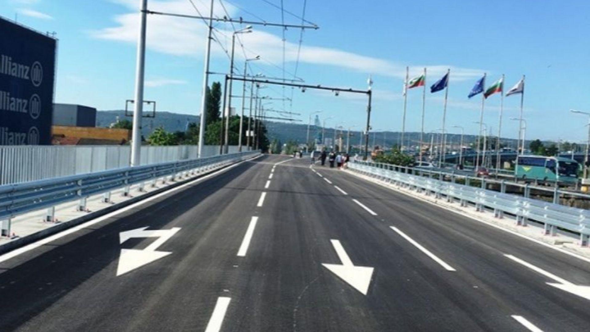 Проблемна фуга отново затруднява движението по Аспаруховия мост
