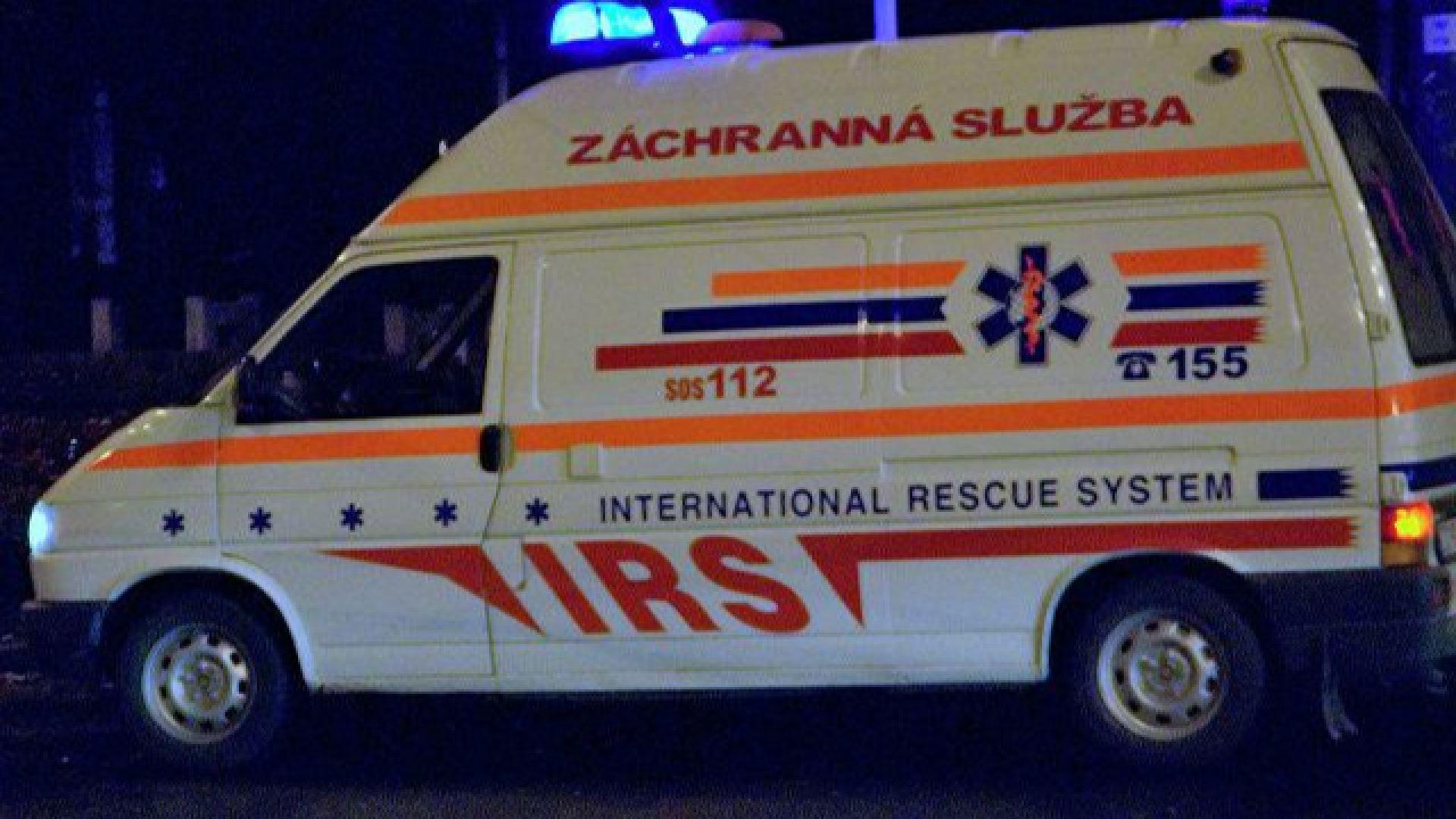 7 пострадали в сблъсък на влак с камион в Словакия