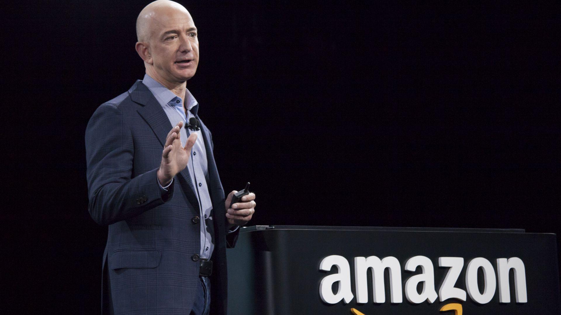 Въпрос за милиарди: Какво се случва с акциите на Amazon след развода на Безос