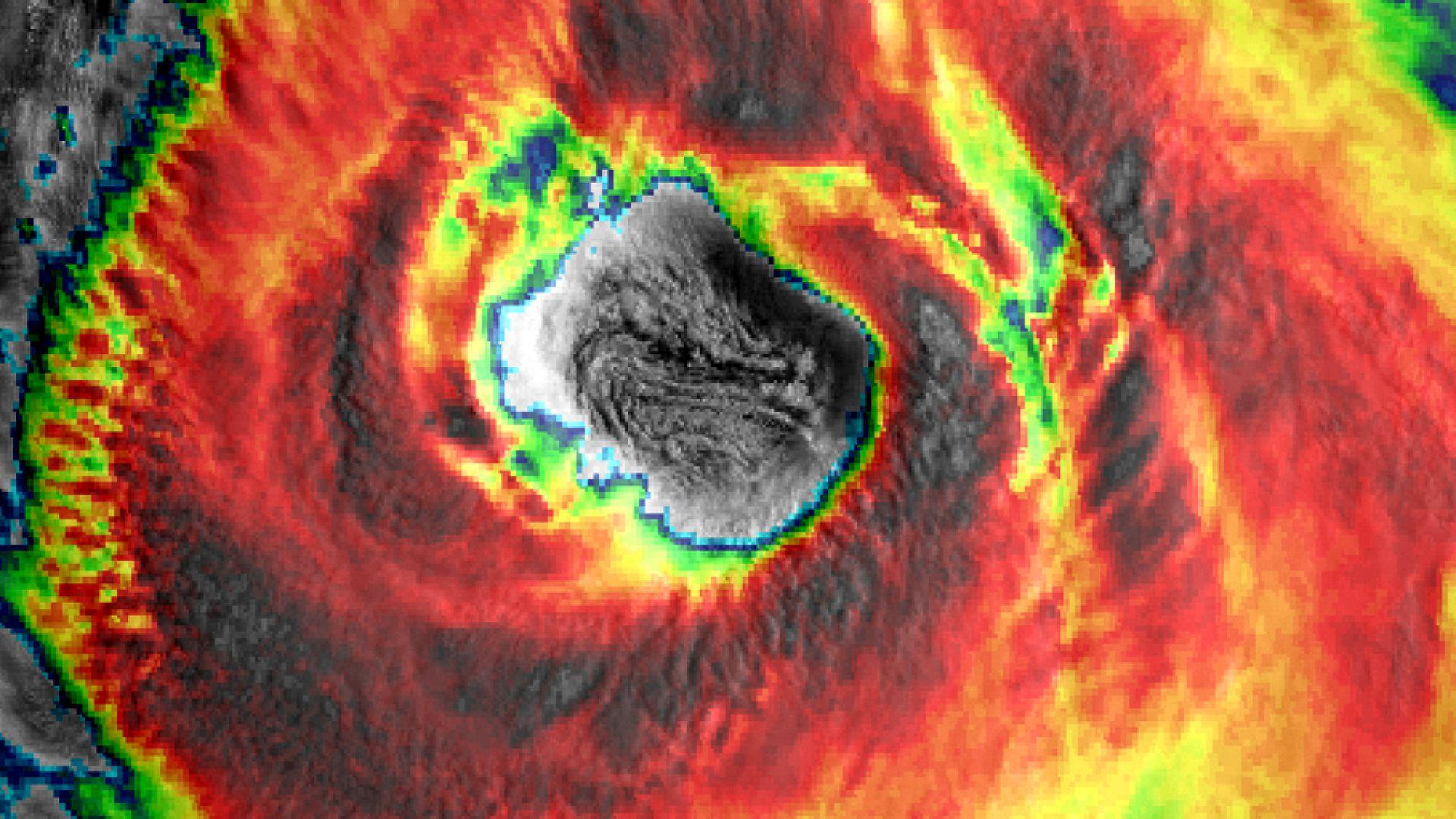 Най-впечатляващите метеоснимки за 2018 (галерия)
