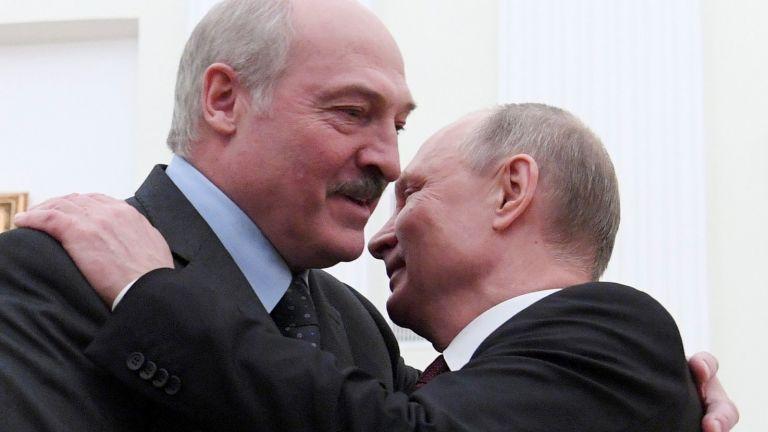 Президентът на Беларус Александър Лукашенко, който е изправен пред масови