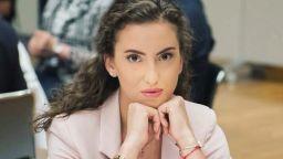 Грацията Катрин Тасева се сгоди