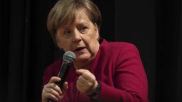 Меркел иска реформи в МВФ и Световната банка