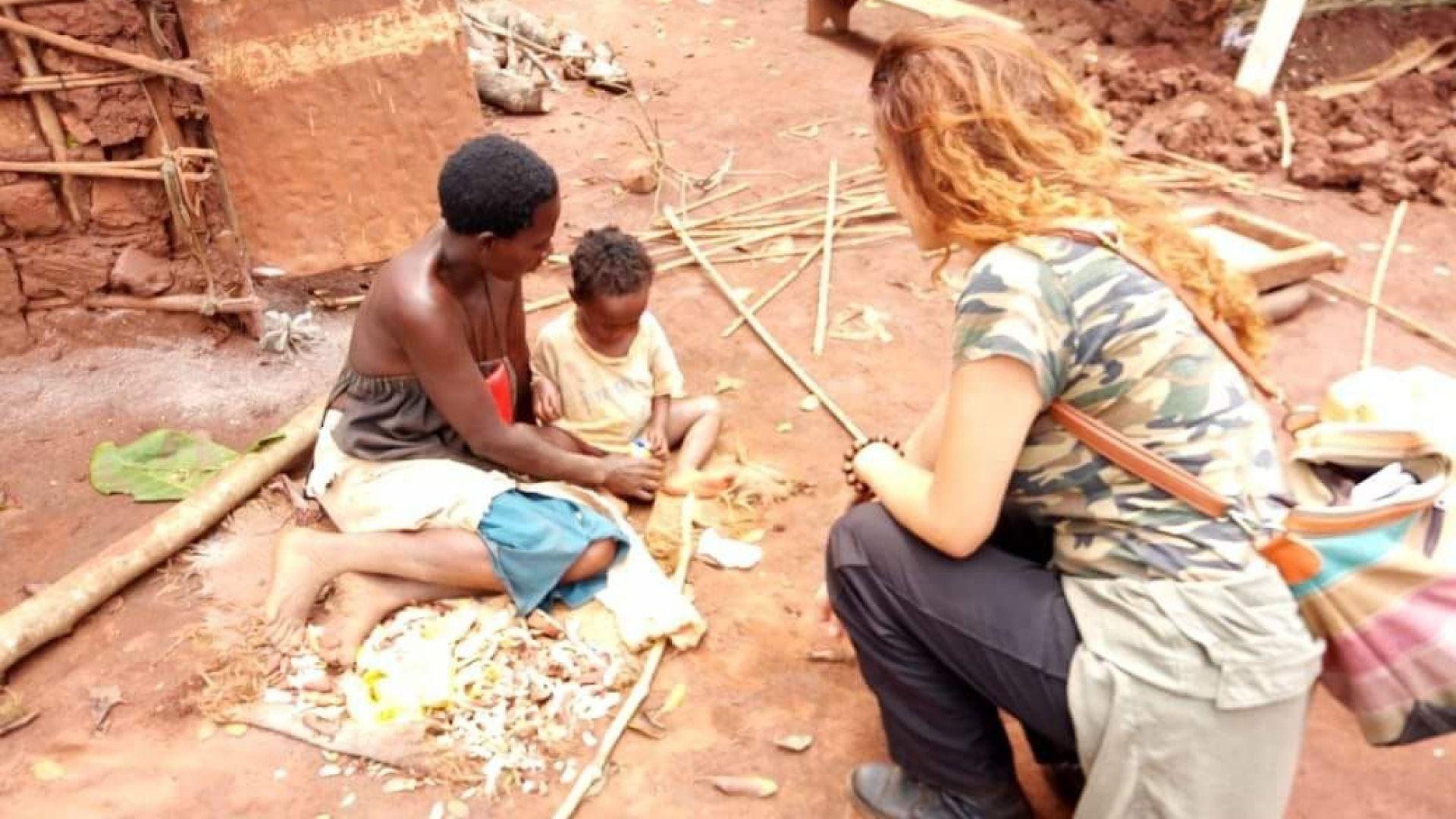Българи финансират образованието на сираци в Уганда