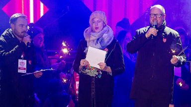 Кметът на Гданск намушкан с нож пред очите на стотици поляци
