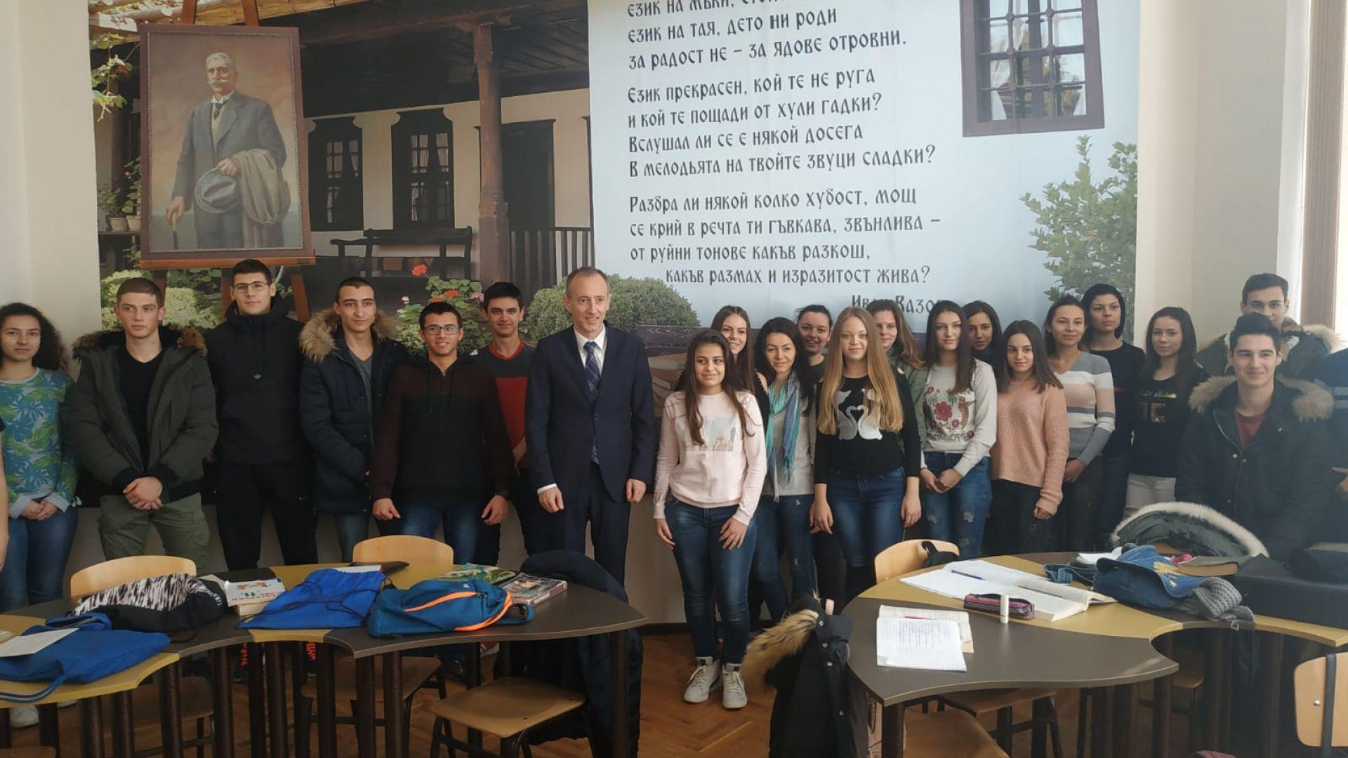 Красимир Вълчев: Учениците да се насочват към математика и природни науки