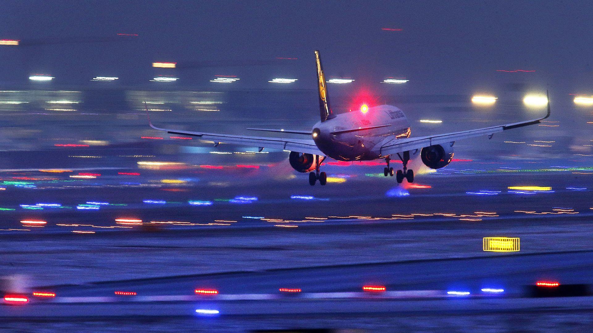 Пандемията върна европейските летища в 1995-а