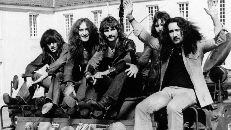 Почина бившият барабанист на Uriah Heep