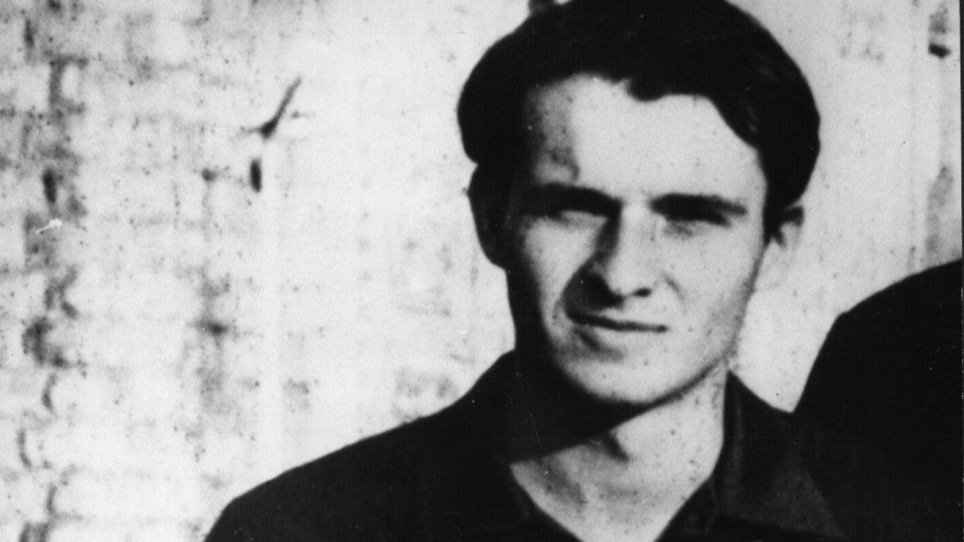 """""""Не беше толкова против Съветската окупация, а против деморализацията, която настъпваше"""", казва Ярослава Мосерова, специалист по изгаряния, която първа се е погрижила за Палах"""