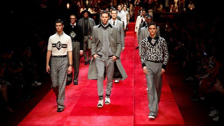 Послание от Милано: Женска нотка в мъжката мода
