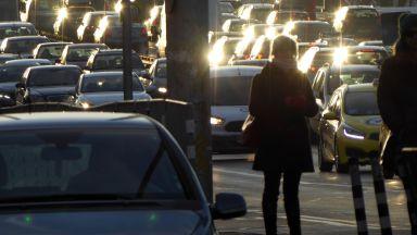 Над 416 000 софиянци се возят сами в колата на път за работа