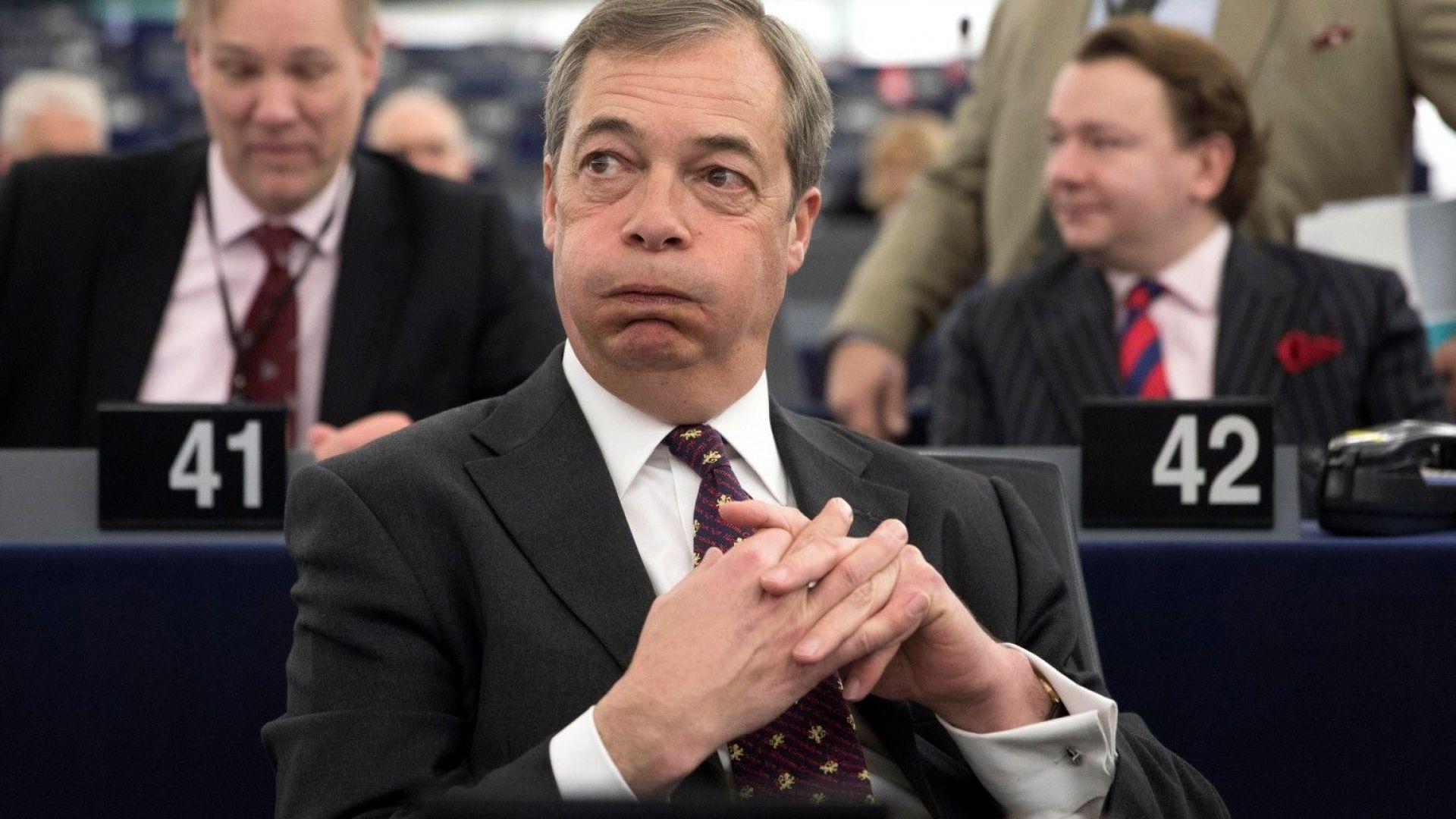 Мъжът, който лисна млечен шейк върху водача на британската Партия