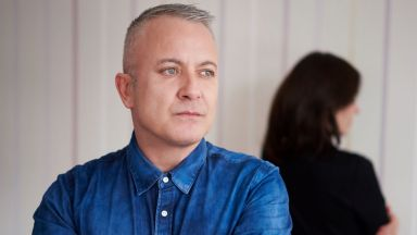 """Поетът Добромир Банев празнува с """"Любов до синьо"""" своята 50-годишнина"""