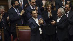 """Ципрас спечели на """"косъм"""" вота на доверие в гръцкия парламент"""
