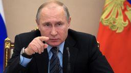 Путин: Смяната на името е ревизия на македонската национална идентичност