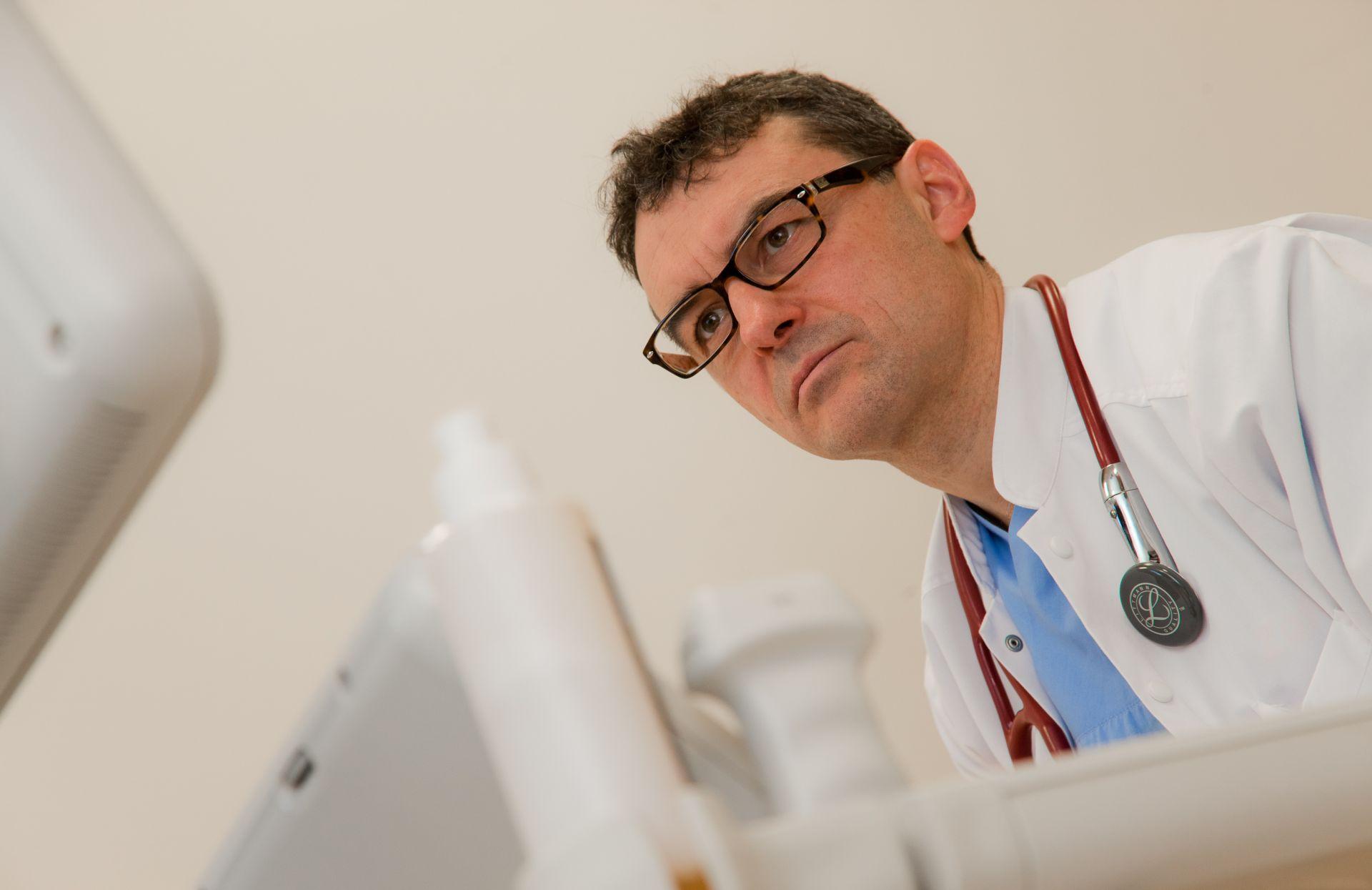 Професорът е един от пионерите в инвазивната кардиология у нас