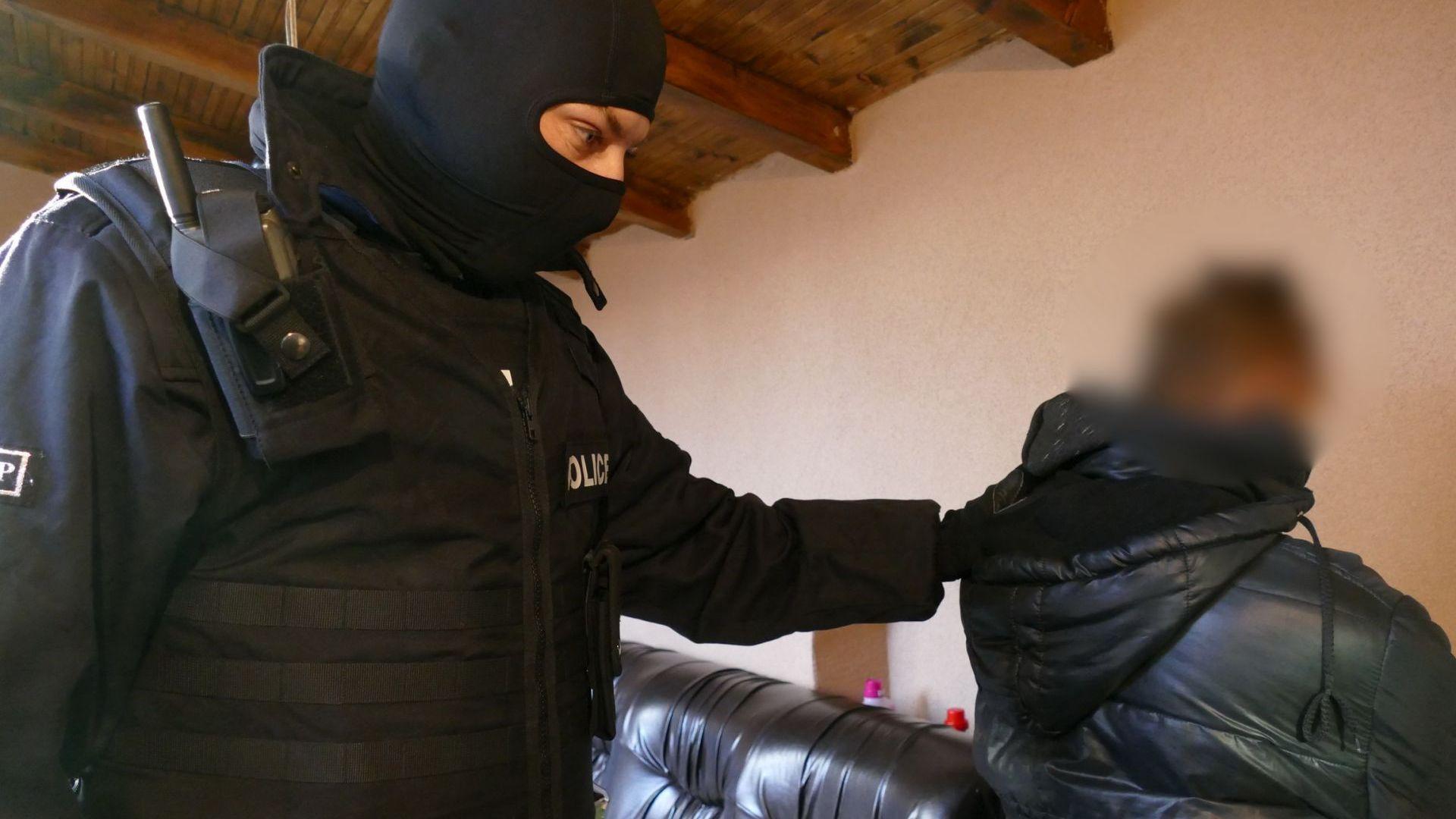 ГДБОП разби наркобанда в София, 6-има са в ареста